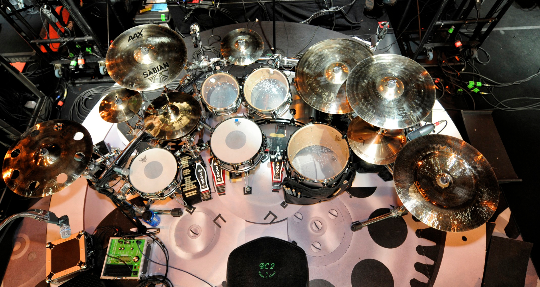 Planet-Musician.com – News Blog      -      The Most Musical Planet in Cyberspace       Nickelback's Daniel Adair On Tour with the BC2